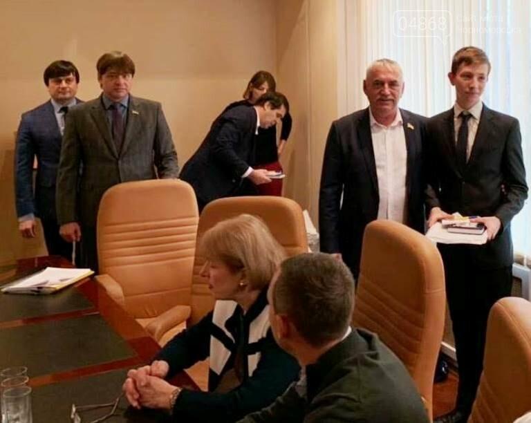 «Если бы я был депутатом»: старшеклассники Черноморска рассказали, каким они видят будущее нашего города, фото-22