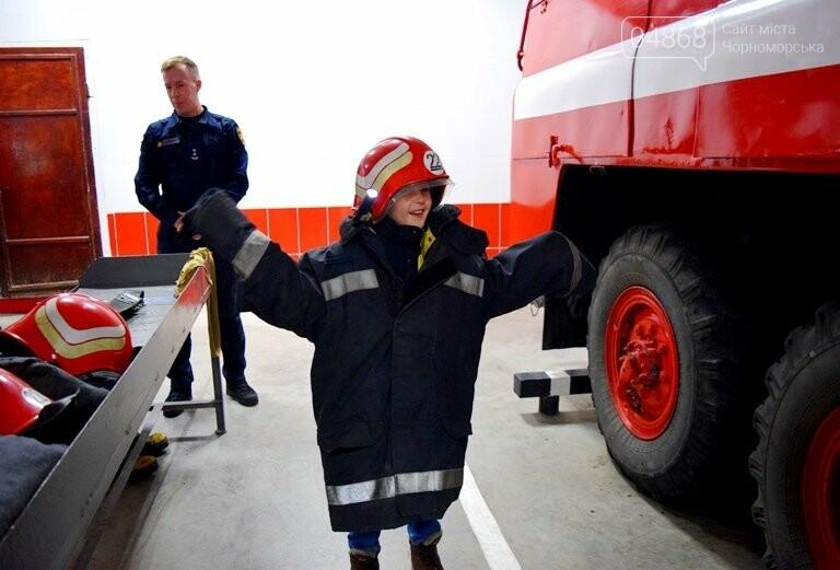 Спасатели Черноморска провели марафон добра «Спаси детские мечты!», фото-12