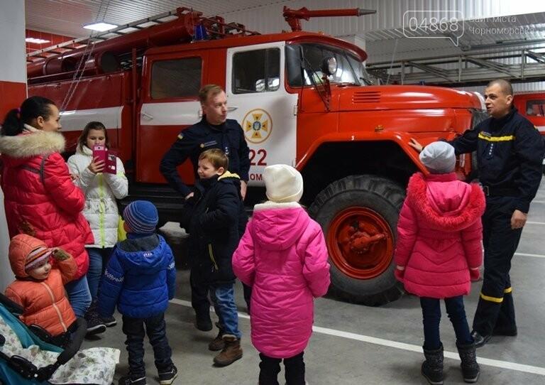 Спасатели Черноморска провели марафон добра «Спаси детские мечты!», фото-33