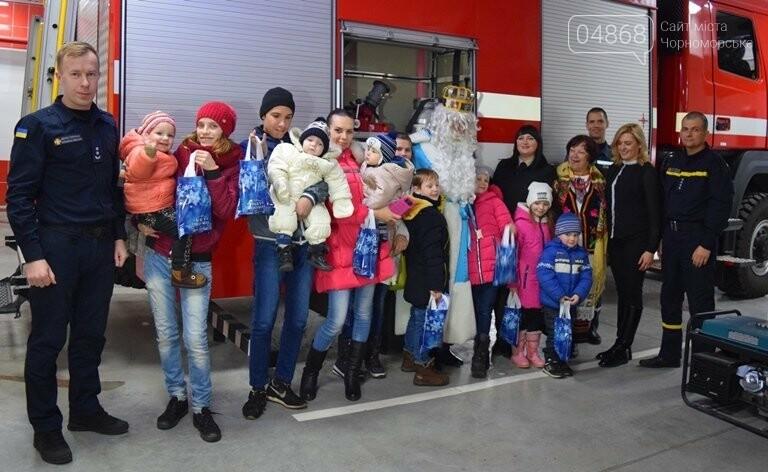 Спасатели Черноморска провели марафон добра «Спаси детские мечты!», фото-32