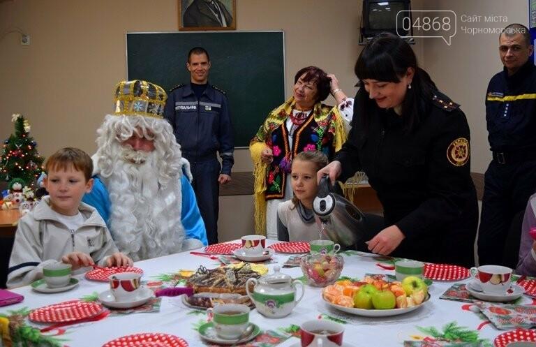 Спасатели Черноморска провели марафон добра «Спаси детские мечты!», фото-6