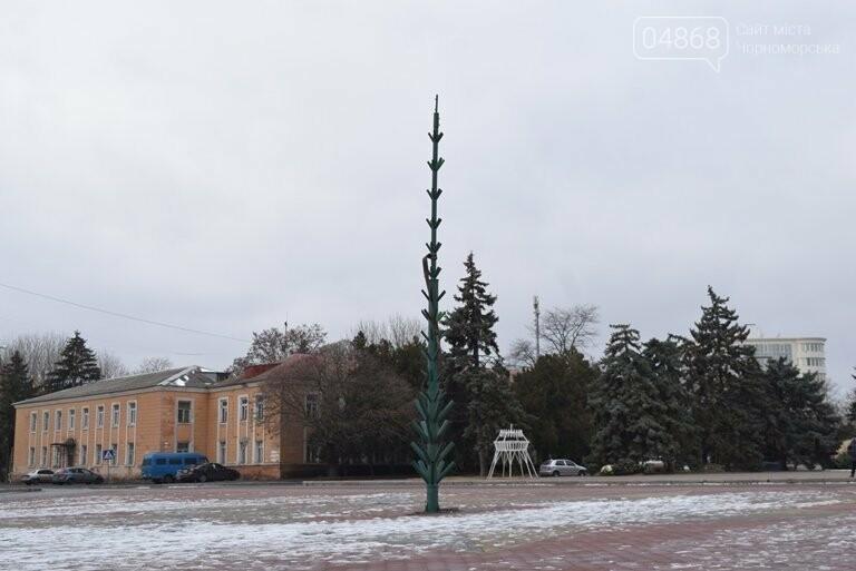 В Черноморске засверкала огнями новогодняя ёлка от «Люмьера», фото-15