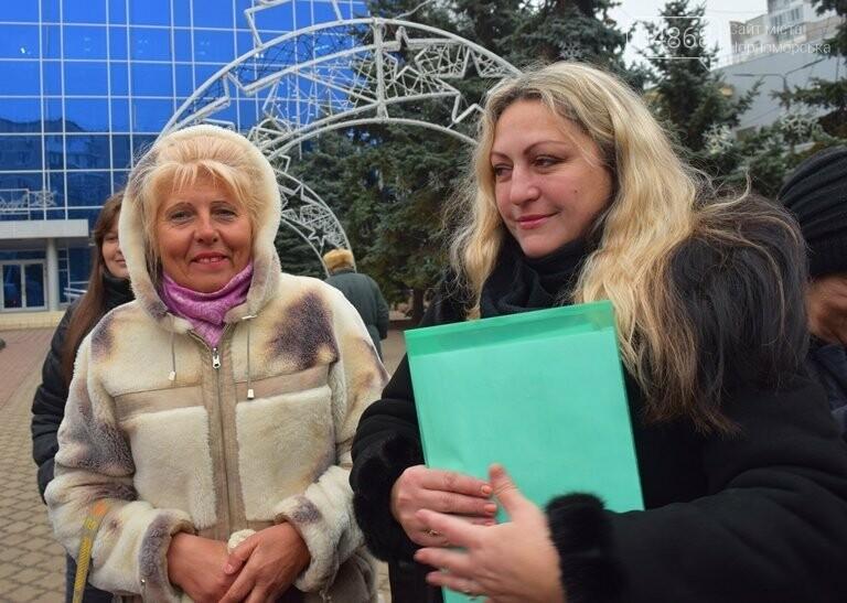 Новогоднее: облсовет пригласил маленьких жителей Черноморска в самый красивый театр Одессы, фото-14