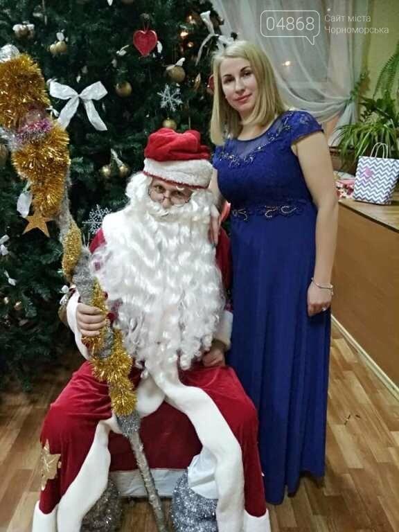 Эксклюзивные костюмы и яркие композиции: хореографическая студия «Радость» провела отчётный новогодний концерт для жителей Черноморска, фото-9