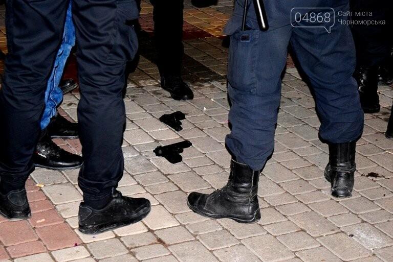 Первый день 2019 года: стрельба и грабёж в Черноморске, фото-2