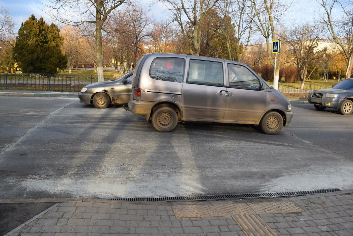 «Автодор» отремонтировал проблемный пешеходный переход в Черноморске, фото-4