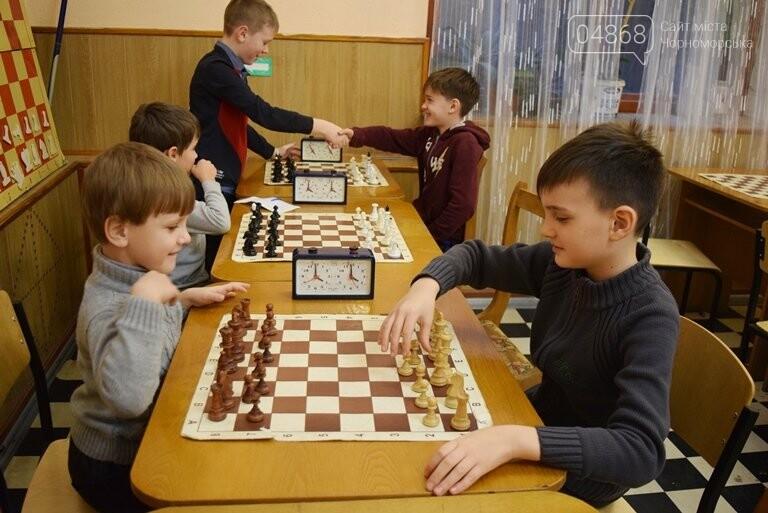В Шахматно-шашечной школе Черноморска третью неделю идут сражения, фото-9