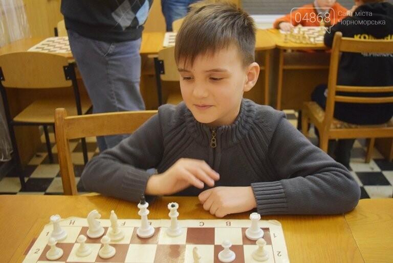 В Шахматно-шашечной школе Черноморска третью неделю идут сражения, фото-4