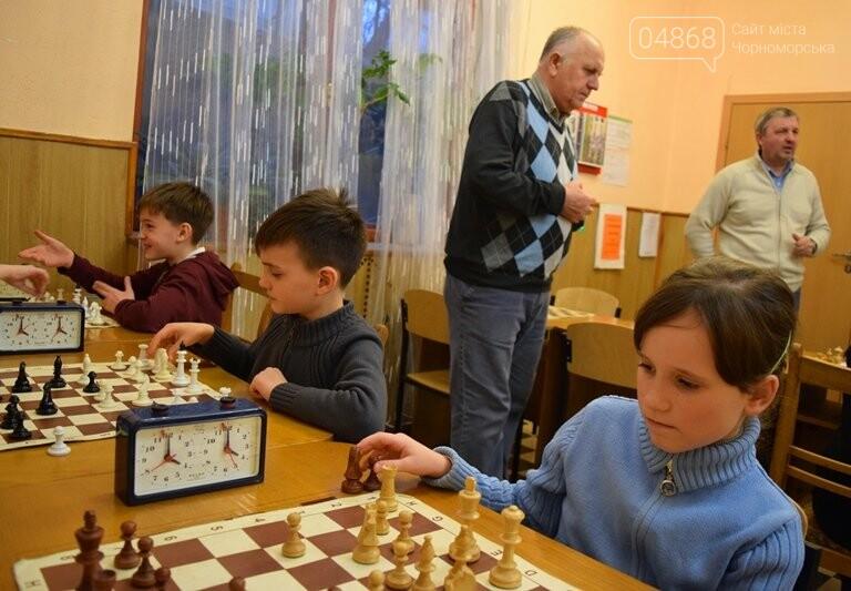 В Шахматно-шашечной школе Черноморска третью неделю идут сражения, фото-17