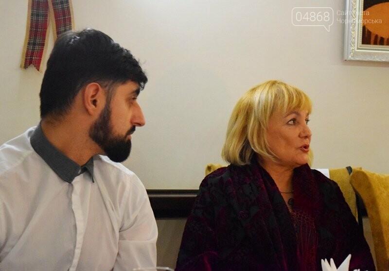 Черноморский поэт и судоремонтник Анатолий Коломойцев отметил свой юбилей презентацией нового поэтического сборника, фото-28