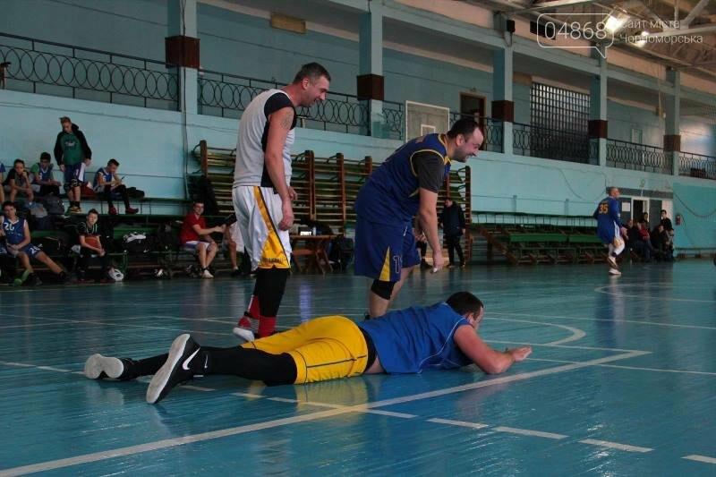 «Молодёжь нужно завлекать в спортивные залы, а не на улицу», – Юрий Крук символически открыл баскетбольный сезон 2019 года в Черноморске , фото-3