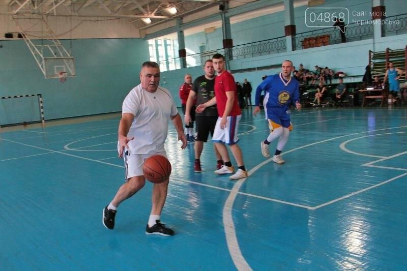 «Молодёжь нужно завлекать в спортивные залы, а не на улицу», – Юрий Крук символически открыл баскетбольный сезон 2019 года в Черноморске , фото-11