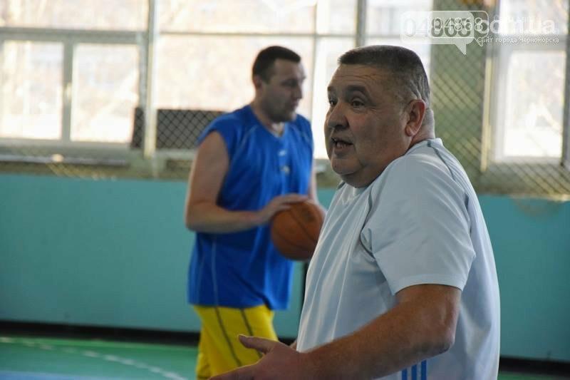 «Молодёжь нужно завлекать в спортивные залы, а не на улицу», – Юрий Крук символически открыл баскетбольный сезон 2019 года в Черноморске , фото-18