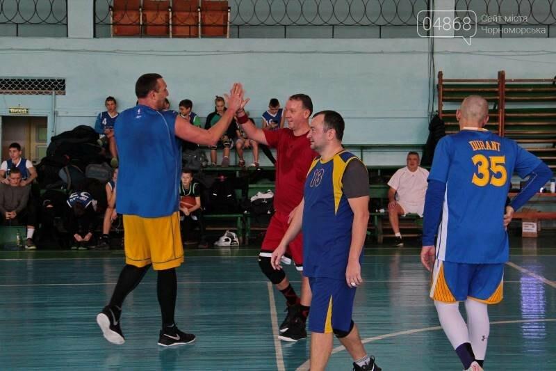 «Молодёжь нужно завлекать в спортивные залы, а не на улицу», – Юрий Крук символически открыл баскетбольный сезон 2019 года в Черноморске , фото-7