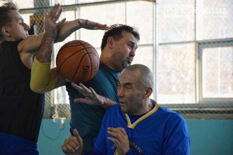 «Молодёжь нужно завлекать в спортивные залы, а не на улицу», – Юрий Крук символически открыл баскетбольный сезон 2019 года в Черноморске , фото-16