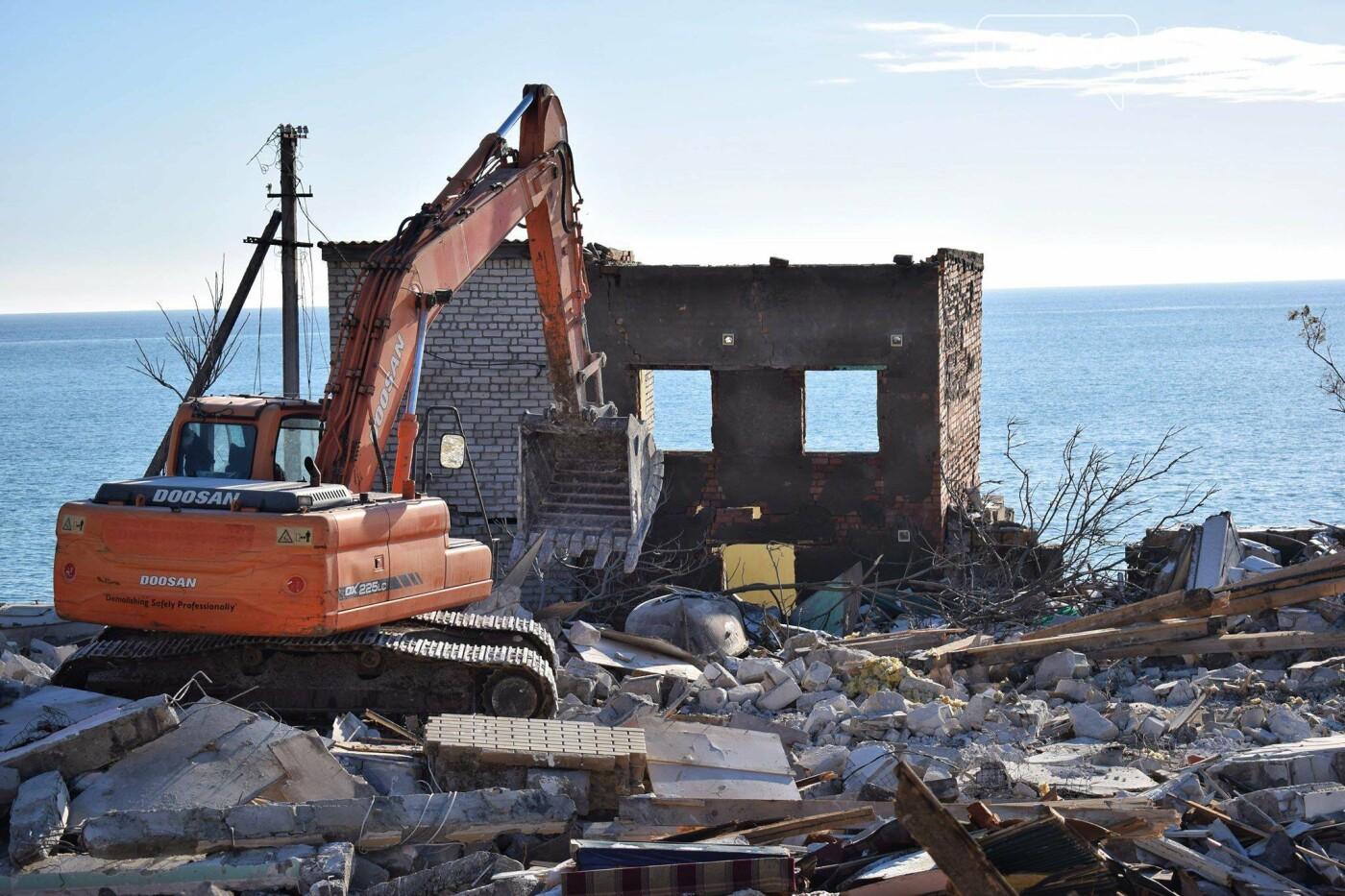 В Черноморске не допустили, чтобы целый жилой массив смыло морем , фото-8