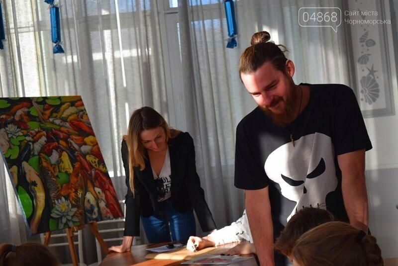 Из Лондона – в Черноморск: Анастасия Белоус рассказала о новых муралах и представила увлекательный арт-проект , фото-5