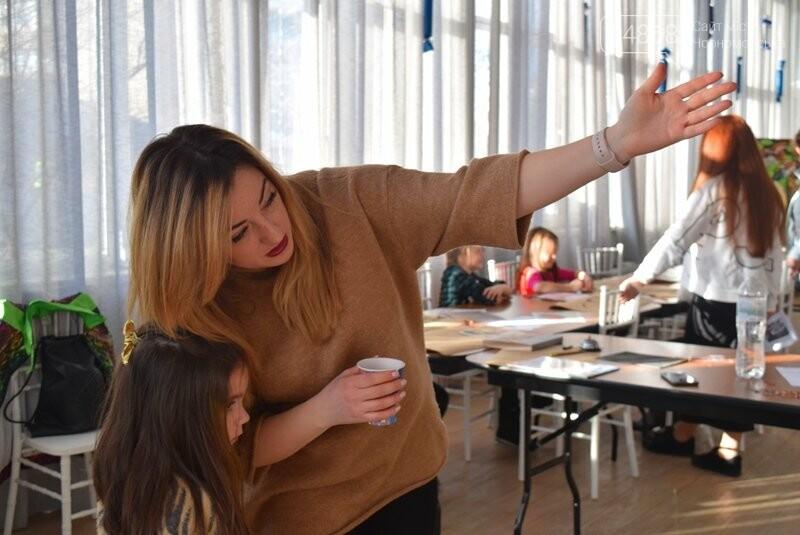 Из Лондона – в Черноморск: Анастасия Белоус рассказала о новых муралах и представила увлекательный арт-проект , фото-3
