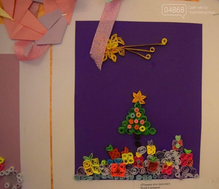 Куклы, картины и инсталяции: в Черноморске показали «Рождественские узоры», фото-22