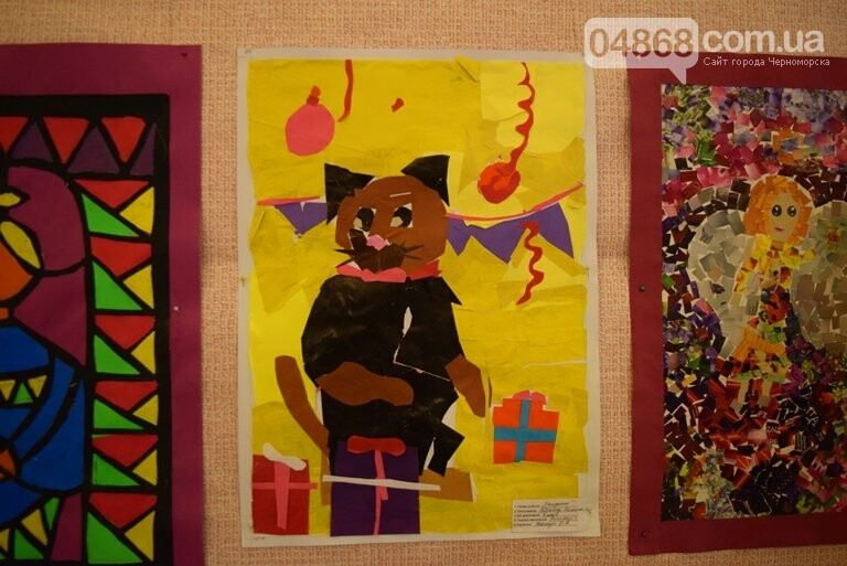 Куклы, картины и инсталяции: в Черноморске показали «Рождественские узоры», фото-26