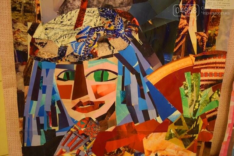 Куклы, картины и инсталяции: в Черноморске показали «Рождественские узоры», фото-34