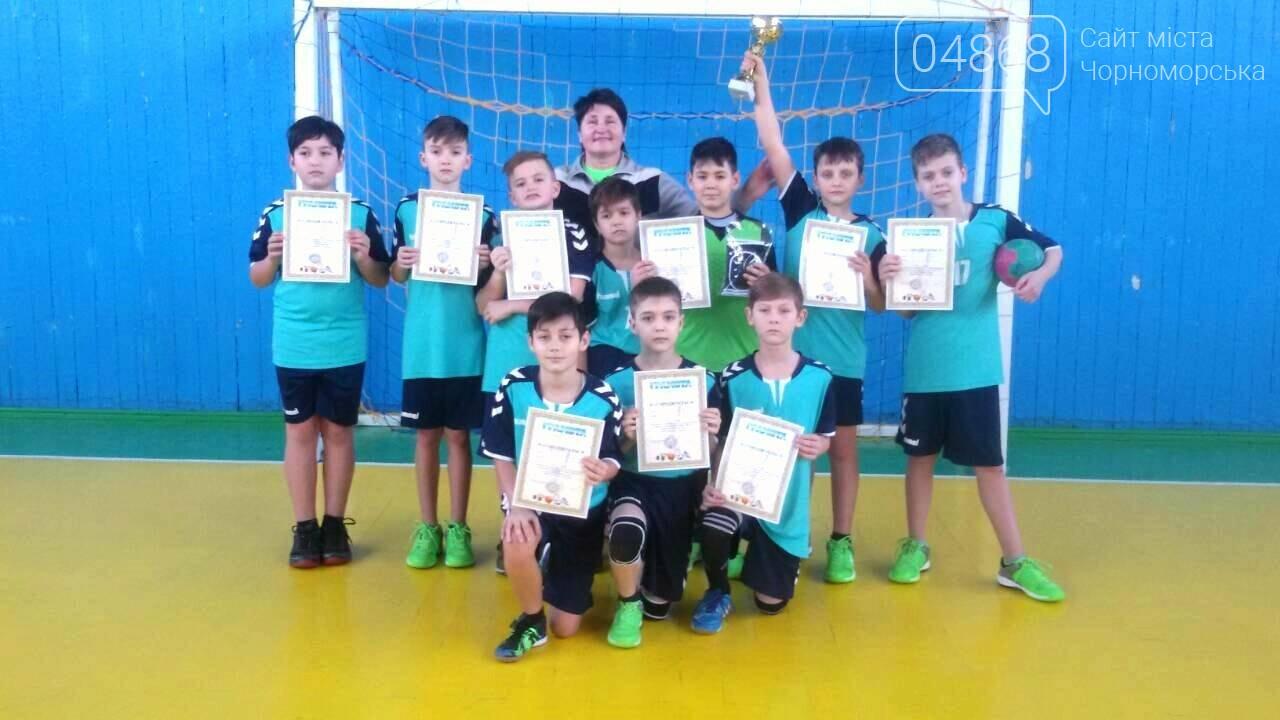 Команда юных гандболистов из Черноморска привезла золотой кубок из Хмельницкого, фото-6
