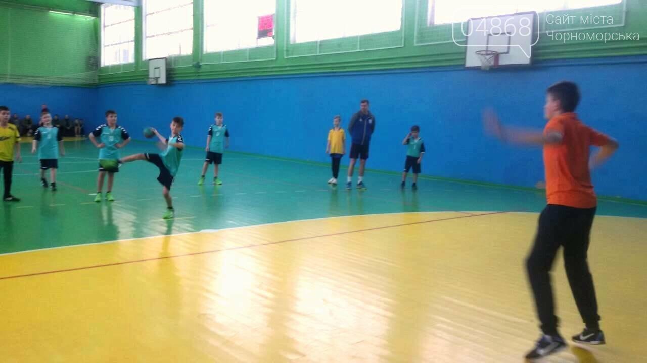 Команда юных гандболистов из Черноморска привезла золотой кубок из Хмельницкого, фото-3