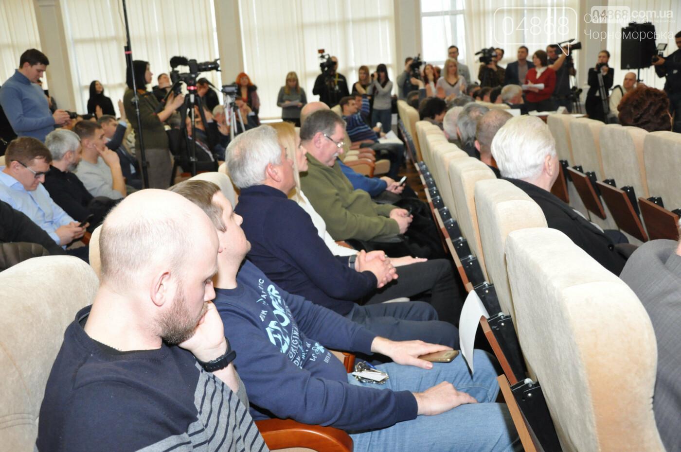 Бунт на корабле, или что произошло на сессии городского совета в Черноморске?, фото-2