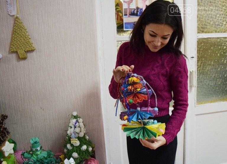 В Черноморске назвали самые красивые «Альтернативные ёлки», фото-23