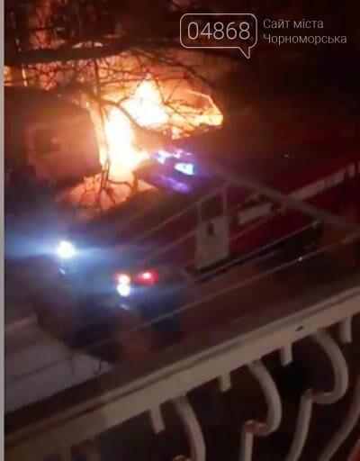 Жаркая ночь: в Черноморске снова горели машины, фото-9