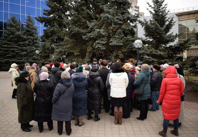 «Деньги реальные, тарифы надуманные»: жители Черноморска вышли на митинг против повышения цен на воду, фото-18