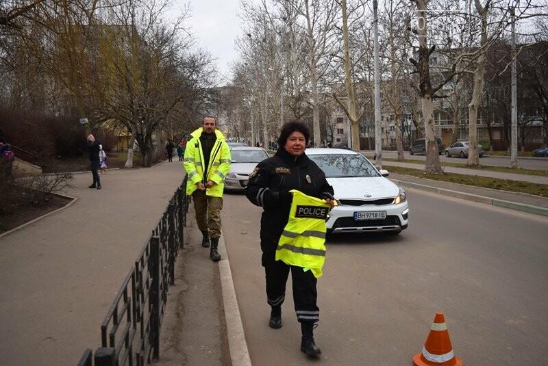Насколько безопасны пешеходные переходы у школ Черноморска?, фото-14