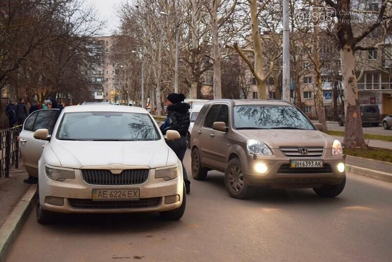 Насколько безопасны пешеходные переходы у школ Черноморска?, фото-17