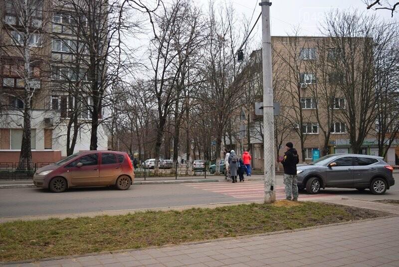 Насколько безопасны пешеходные переходы у школ Черноморска?, фото-20