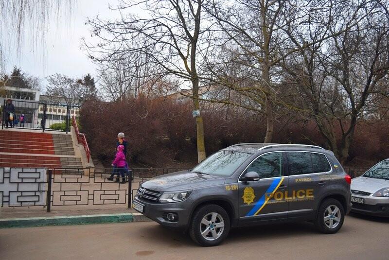 Насколько безопасны пешеходные переходы у школ Черноморска?, фото-10