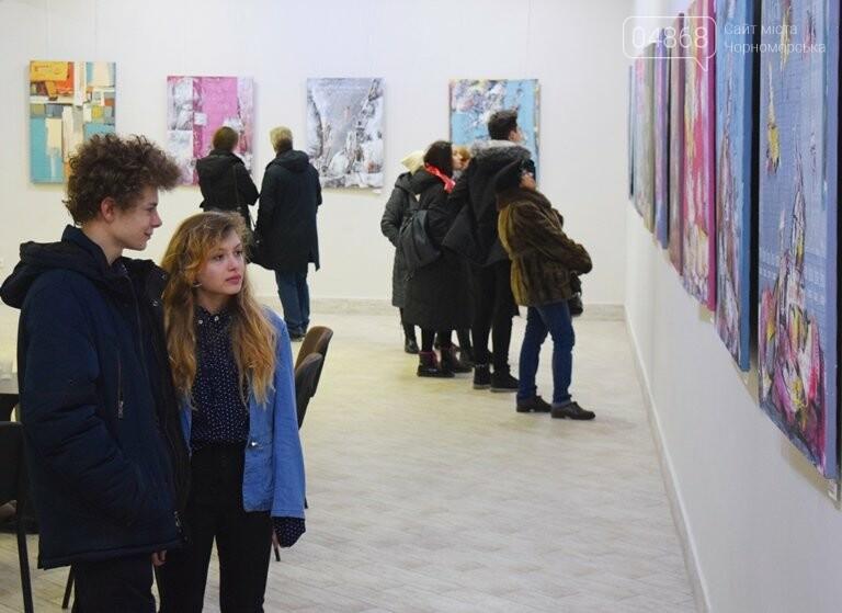 «Сучасний ненаратив»: в Черноморске представили выставку абстрактной живописи, фото-8