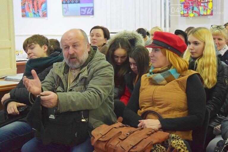 «Сучасний ненаратив»: в Черноморске представили выставку абстрактной живописи, фото-9