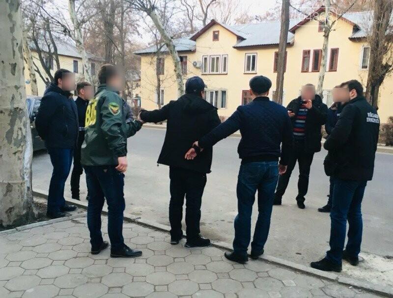 В Черноморске Госпогранслужба задержала гражданина Узбекистана , фото-1