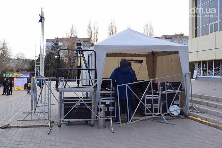 В Черноморске закончились последние приготовления к выступлению Александра Пономарёва и Юлии Тимошенко, фото-15