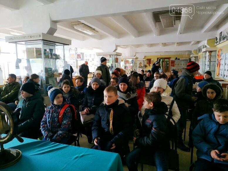 На Судоремонтном заводе Черноморска спортсмены эвакуировали «пострадавших», фото-4