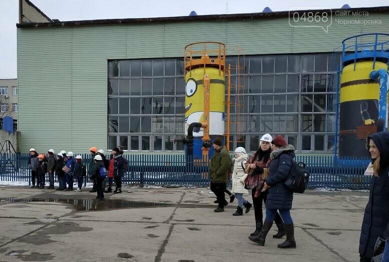 На Судоремонтном заводе Черноморска спортсмены эвакуировали «пострадавших», фото-7