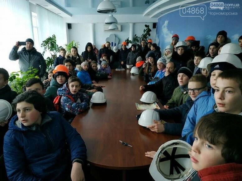 На Судоремонтном заводе Черноморска спортсмены эвакуировали «пострадавших», фото-6