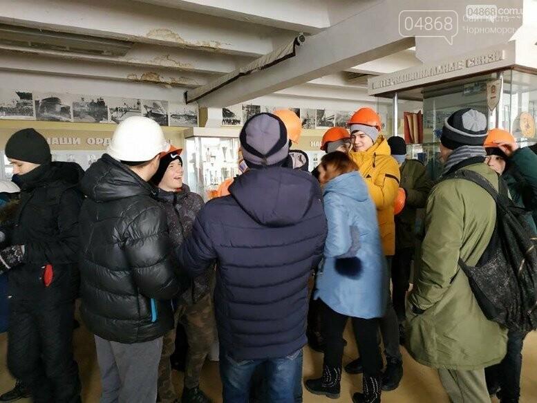 На Судоремонтном заводе Черноморска спортсмены эвакуировали «пострадавших», фото-2
