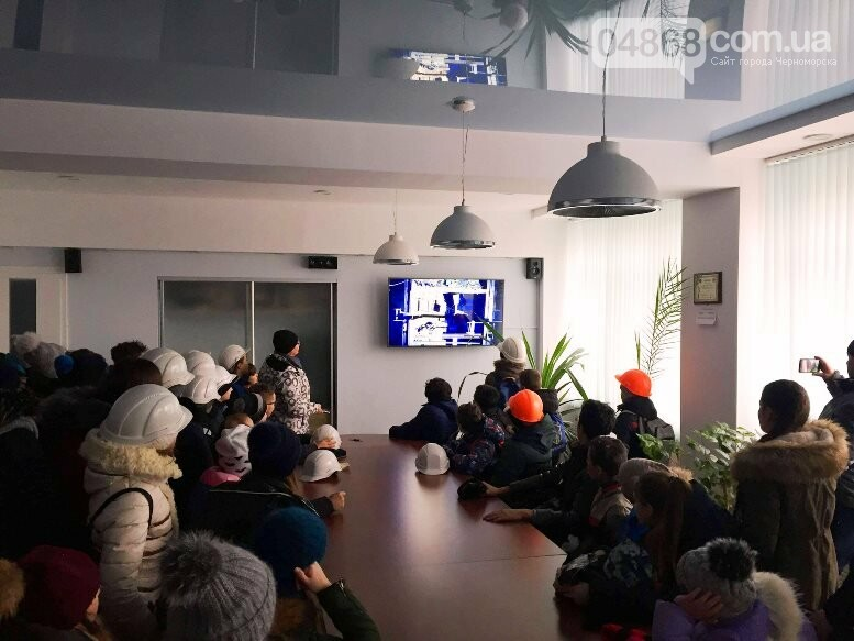 На Судоремонтном заводе Черноморска спортсмены эвакуировали «пострадавших», фото-9