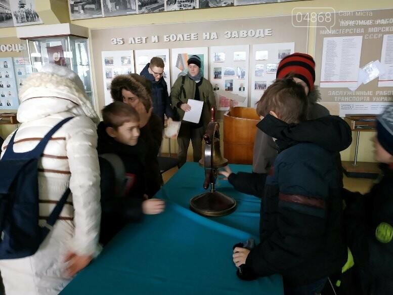 На Судоремонтном заводе Черноморска спортсмены эвакуировали «пострадавших», фото-10