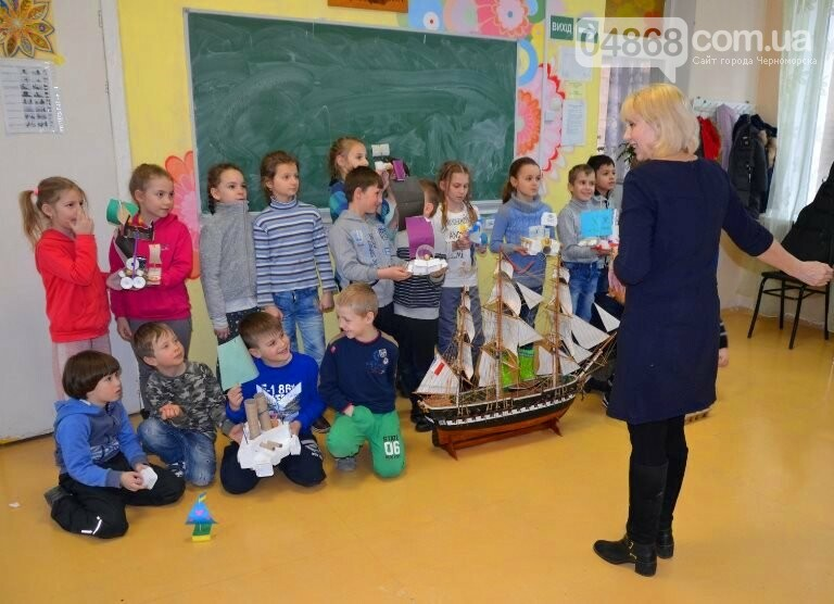 «Мой первый корабль»: малыши Черноморска узнали о галерах и плотах и создали собственные модели судов, фото-2