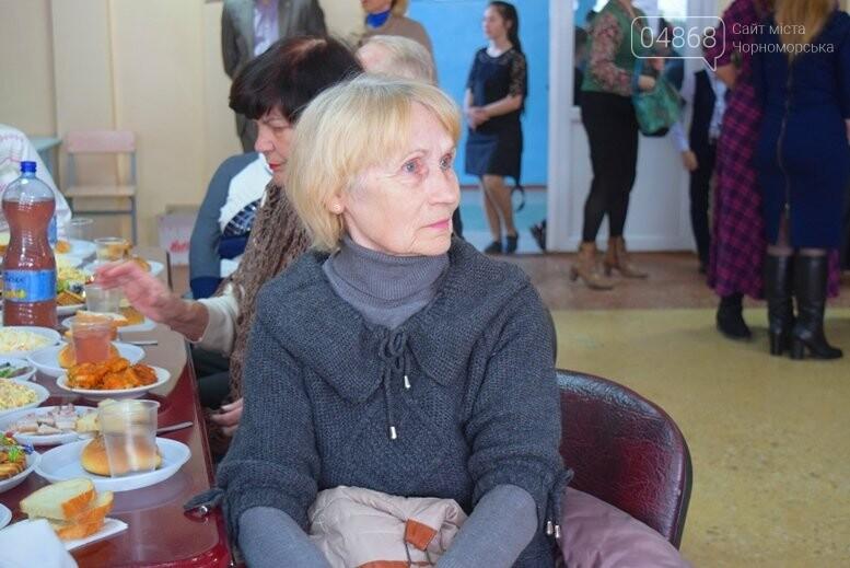 В Черноморске прошли благотворительные обеды, фото-4