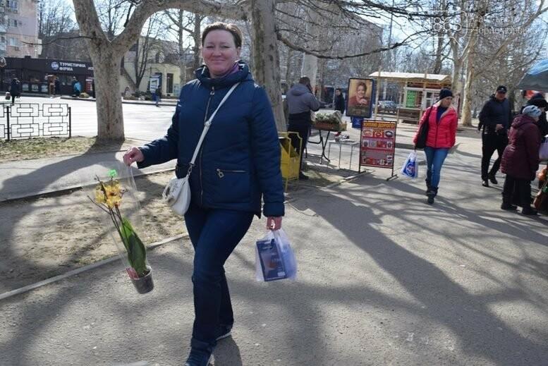 В Черноморске открылась весенняя цветочная ярмарка, фото-10