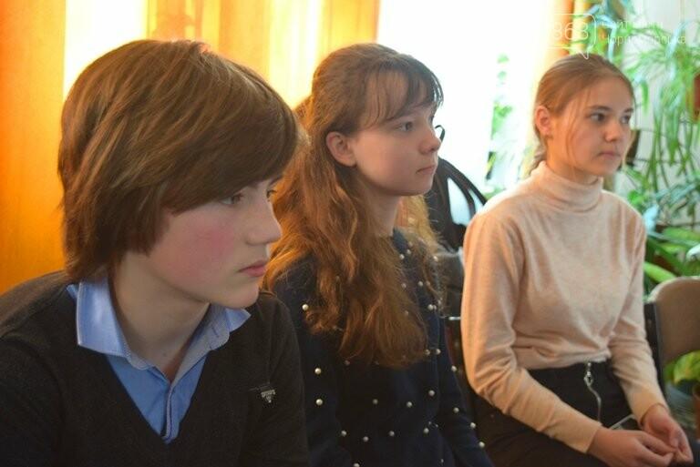 «По рекам и лиманам Одесской области»: школьники Черноморска обсуждали экологические проблемы, фото-5