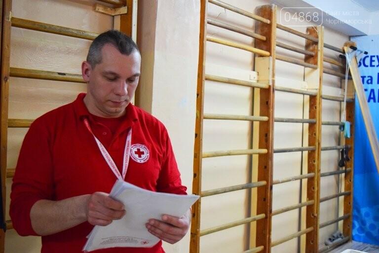Спасая чью-то жизнь: жители Черноморска сегодня сдавали кровь (видео), фото-8